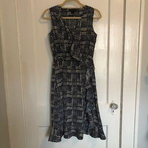 Banana Republic Ruffle Sleeveless Patterned Dress